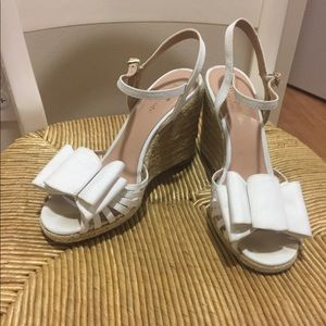 Kate Spade White Bow Wedges, 7.5